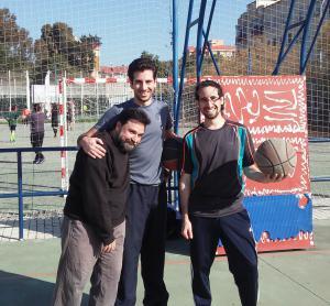 Un improvisado equipo de baloncesto, Adecitos 3X3, que aunque con no muy buenos resultados, lo dieron todo en los partidos del torneo. ¡Lo importante es participar, y eso lo hicísteis de maravilla!