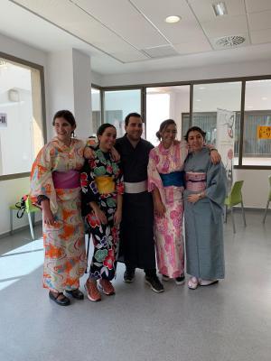 Algunos de los participantes en el taller de yukatas